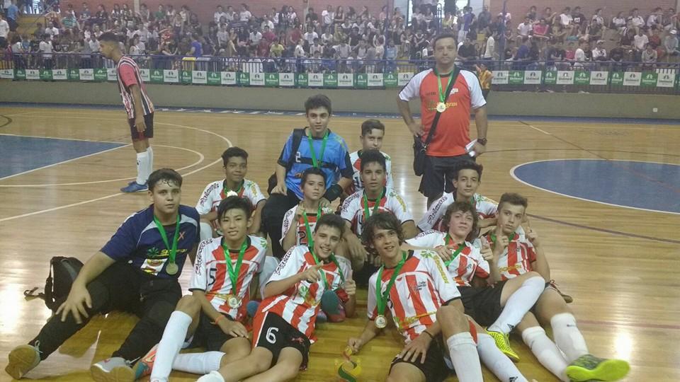 O Colégio São Francisco Xavier é campeão invicto da copa UNIMED edição 2015