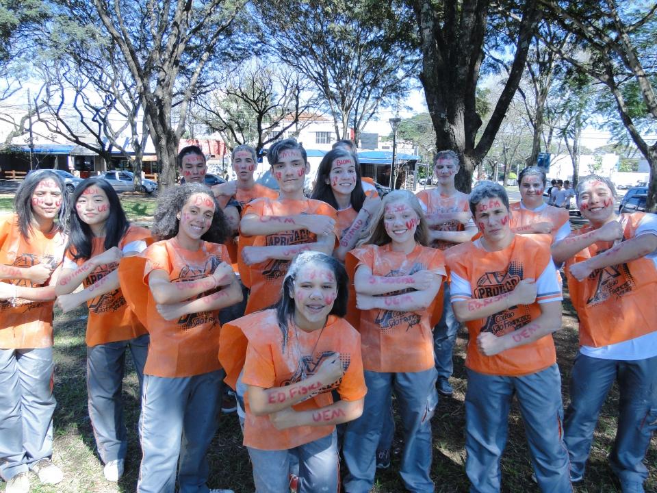 Colégio São Francisco Xavier tem 16 alunos aprovados no Vestibular da UEM.
